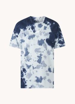 Nike Trainings T-shirt met tie-dye dessin en logo