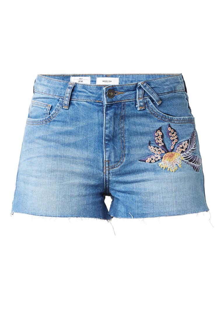 America Today Jem Embro denim shorts met geborduurd detail