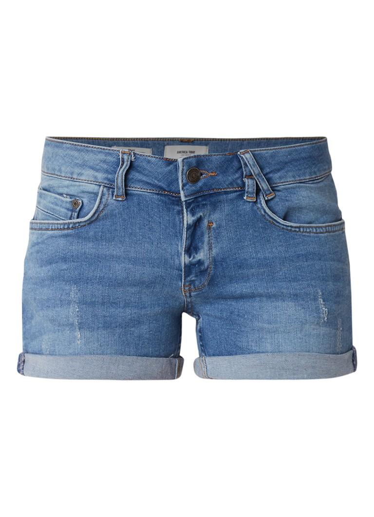 America Today Lacey slim fit shorts van denim met omgeslagen zoom