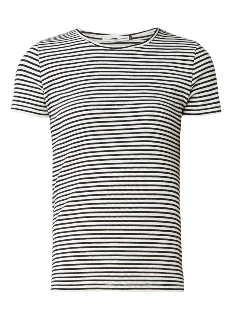 Tops America Today Ebby ribgebreid T shirt Zwart