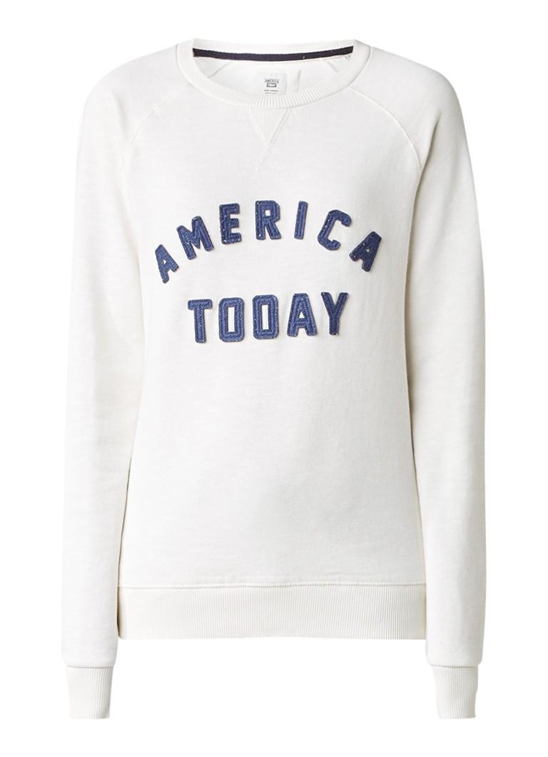 America Today Sally sweater met tekstapplicatie
