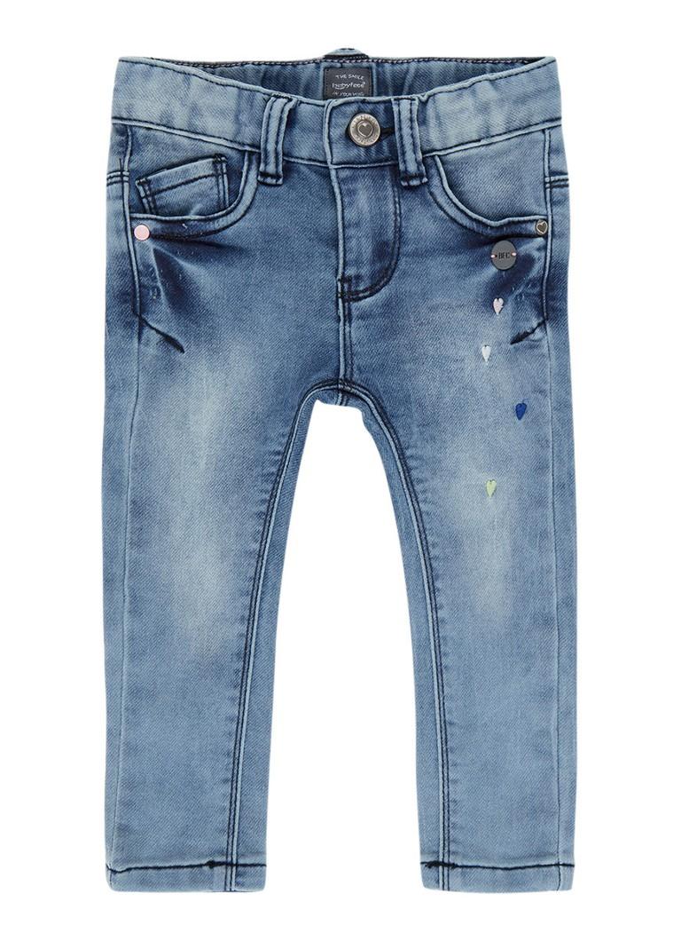 Babyface Slim fit jeans met hartenborduring en faded look