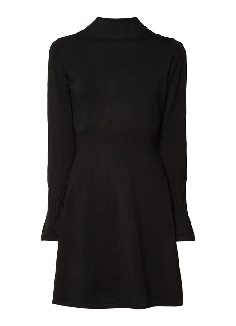 InWear Florentina fijngebreide jurk met trompetmouw zwart