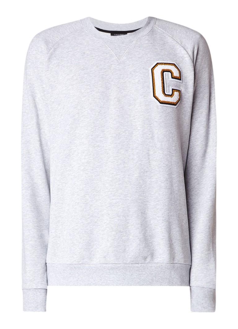 Calvin Klein Kamus sweater met teddy letterapplicatie