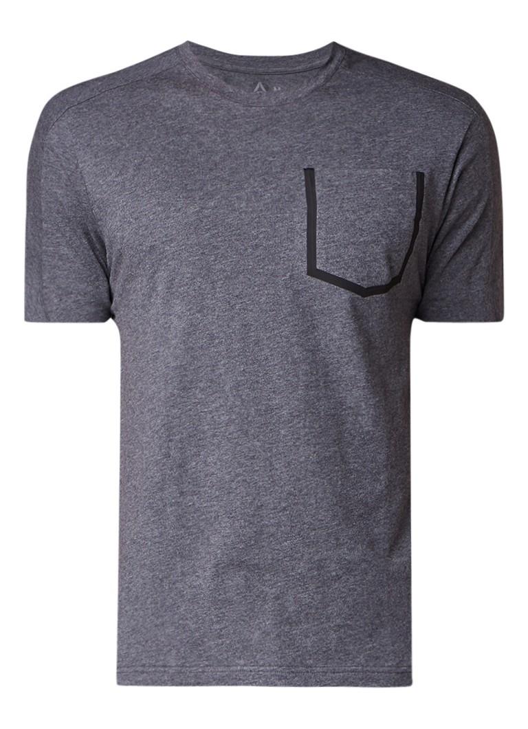 Reebok Supply Move trainings T-shirt met borstzak