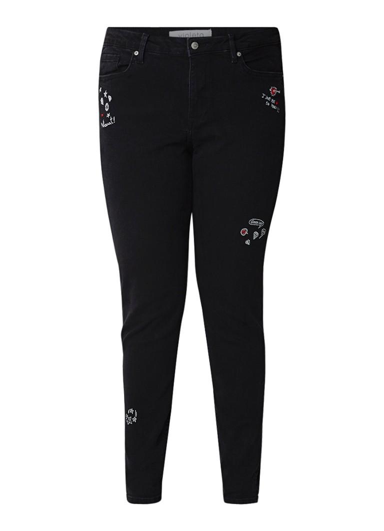 MANGO Alexia mid rise super skinny jeans met borduring