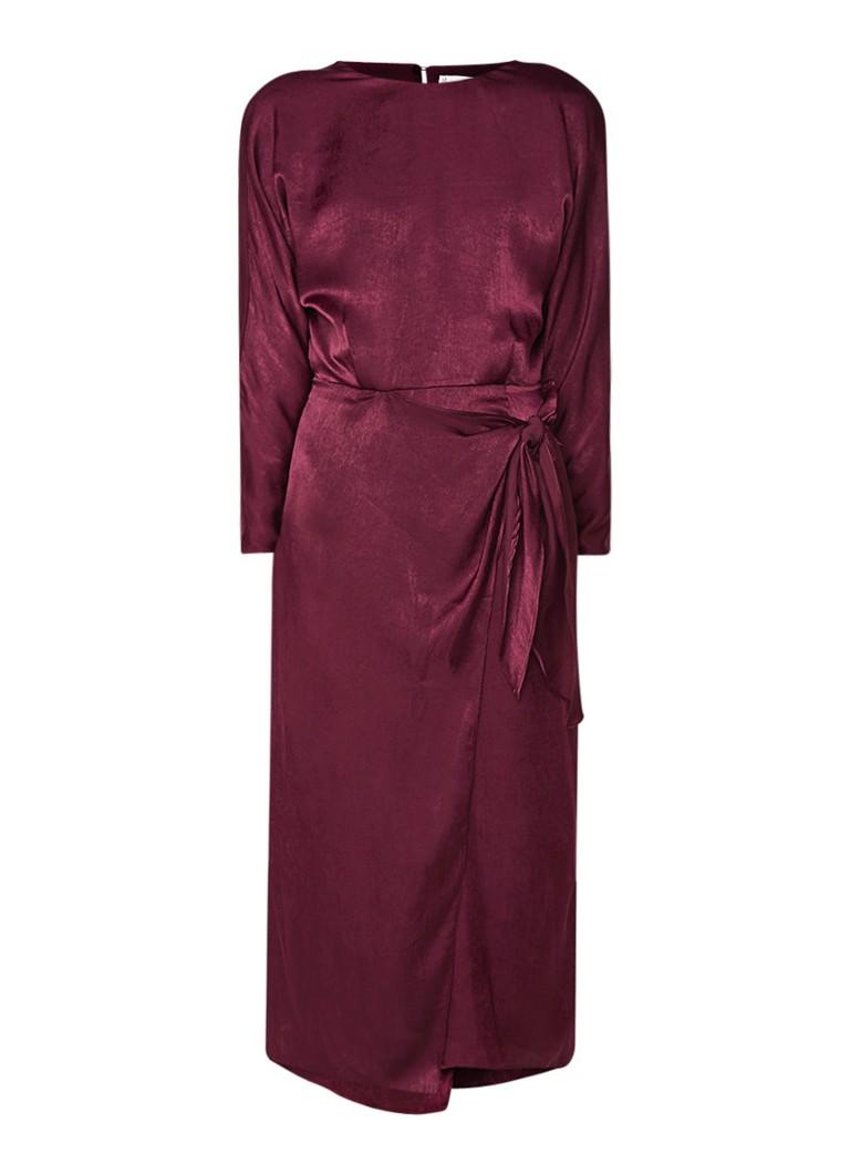 Mango Daiana midi-jurk van satijn met strikdetail aubergine
