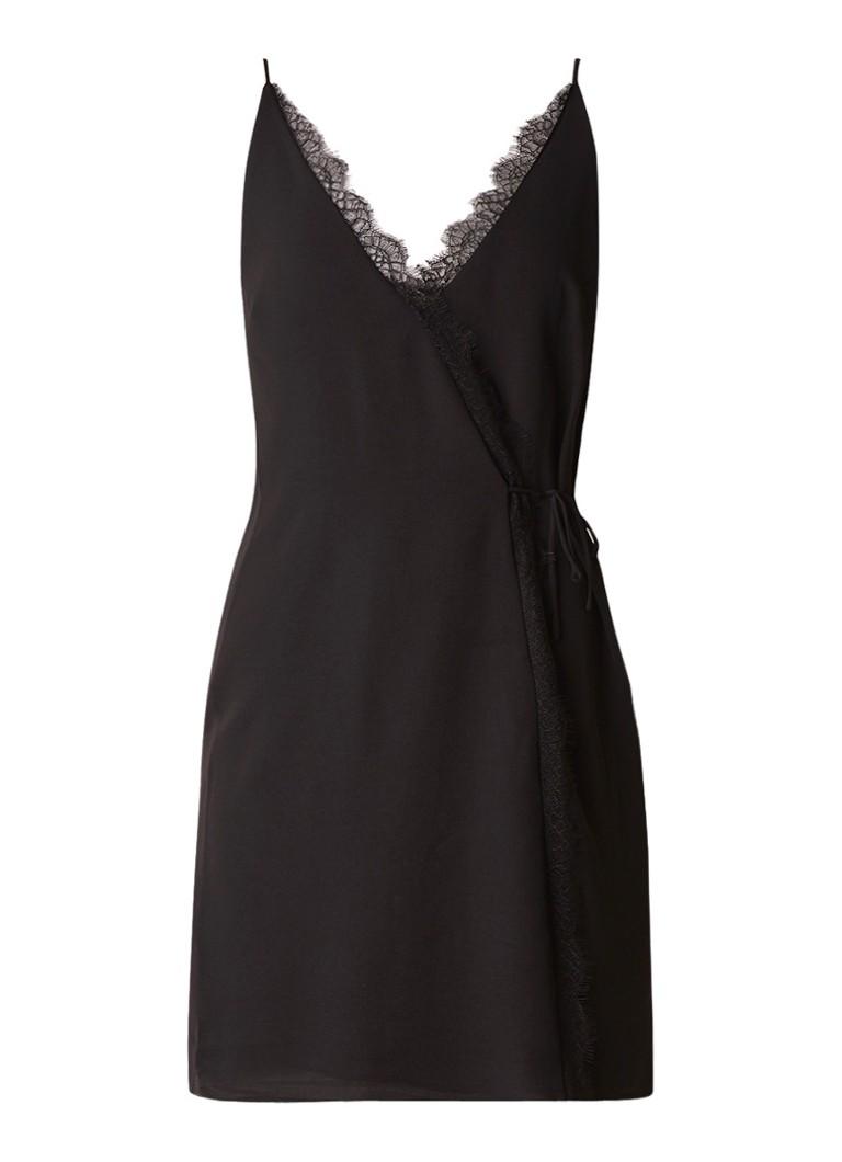 Mango Cami jurk met overslagdetail en kant zwart