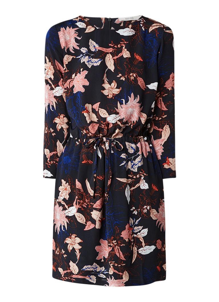 Sissy Boy July Flower crêpe jurk met bloemdessin donkerblauw