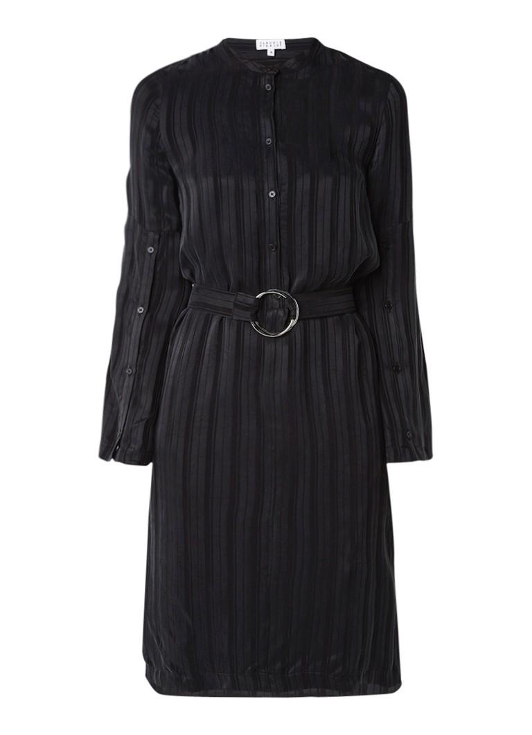 Claudie Pierlot Riga jurk met gestreept dessin en ceintuur zwart