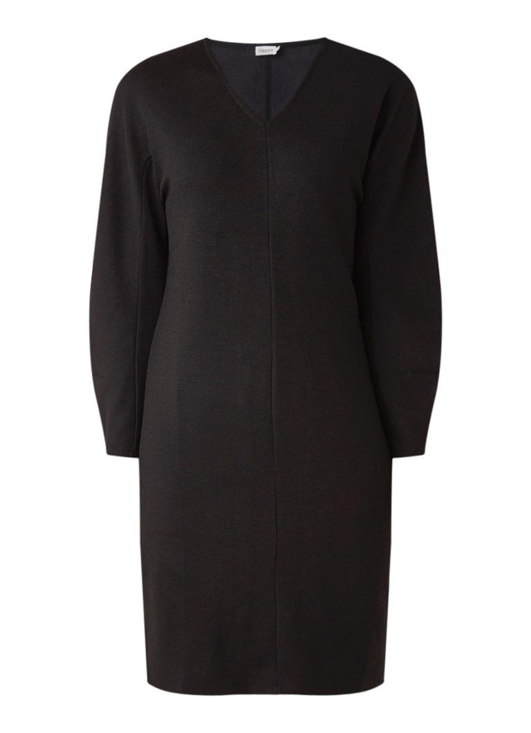Filippa K Sculptural fijngebreide midi-jurk in wolblend zwart
