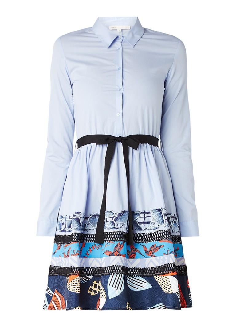 Maje Rafina A-lijn blousejurk met contrasterende inzet en broderie lichtblauw