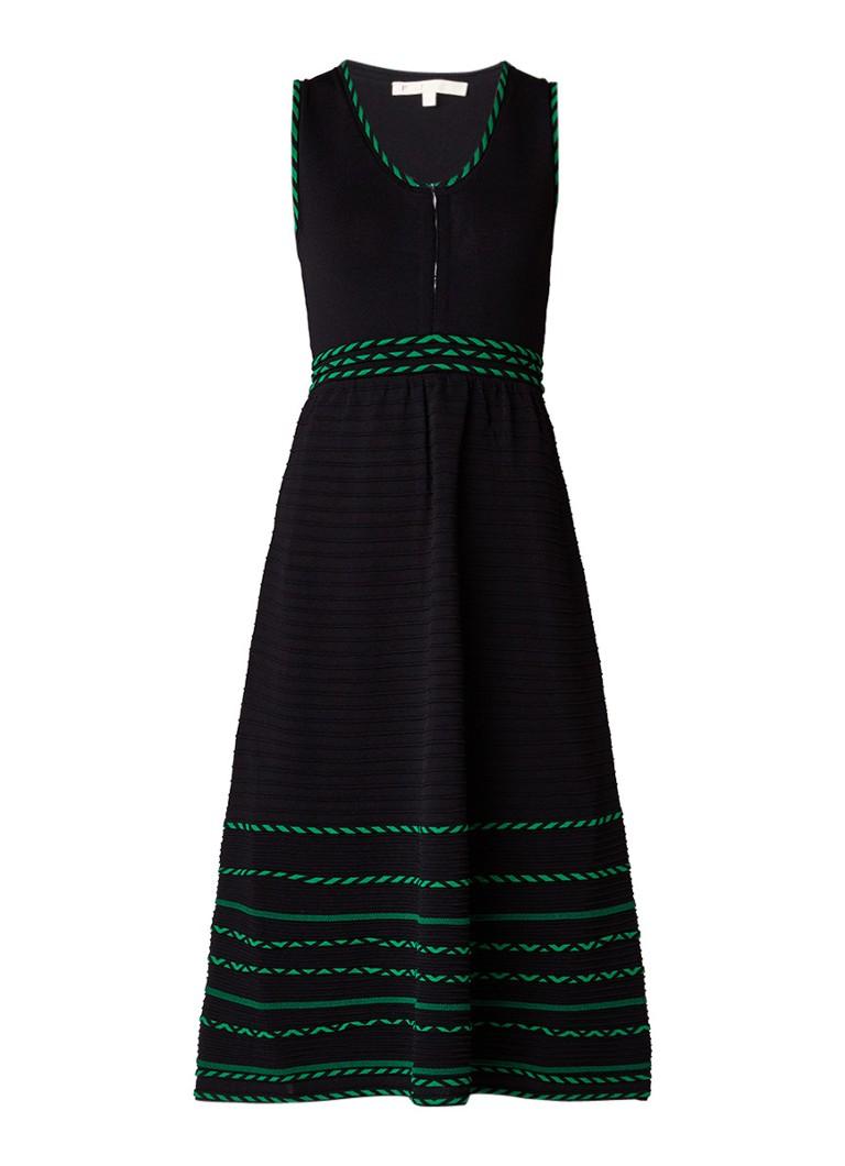 Maje Romaine fijngebreide A-lijn jurk met contrasterende details zwart