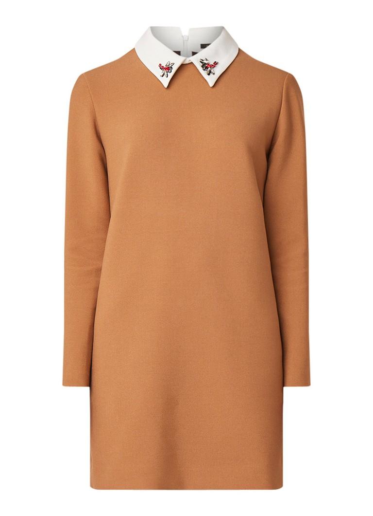 Maje Mini-jurk met contrasterende kraag en strassdetail camel