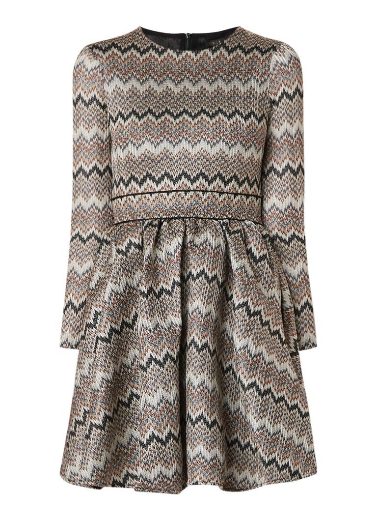 Maje Royaume A-lijn jurk met zigzag dessin lichtgrijs