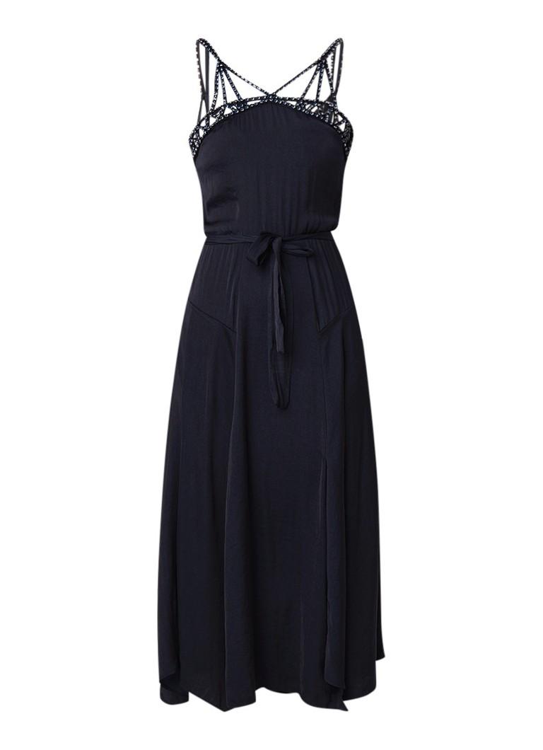 Maje Ranilla midi-jurk van satijn met strass-decoratie donkerblauw