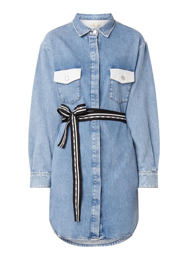 Maje Relmi blousejurk van denim met strikceintuur indigo