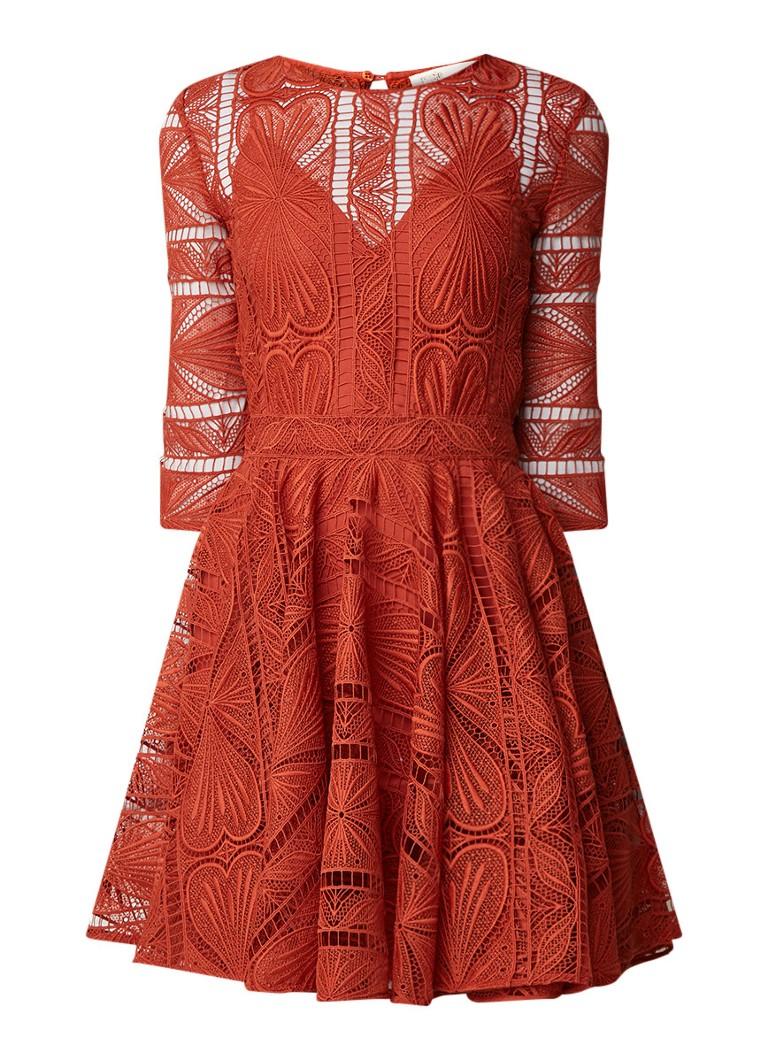 Maje Ripiza A-lijn jurk van guipure kant donkeroranje