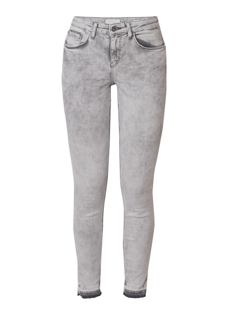 WE Fashion Blue Ridge Jackie mid rise skinny jeans met gerafelde zoom