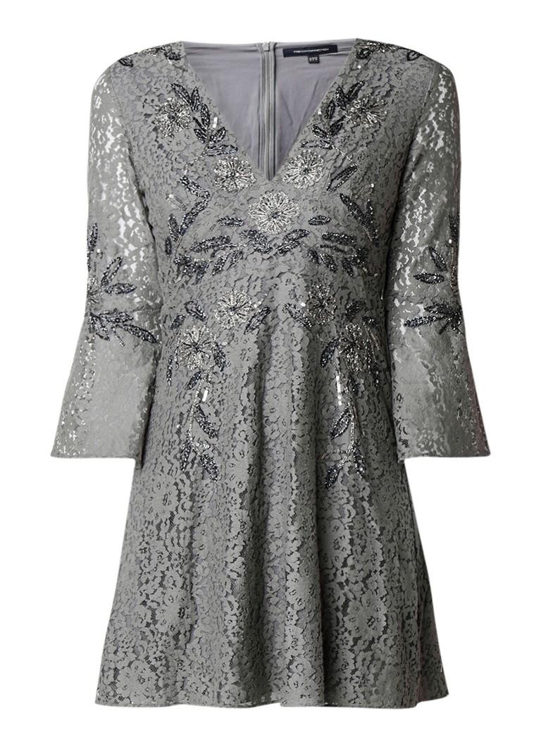 French Connection Esme A-lijn jurk van kant met pailetten en kralen grijs