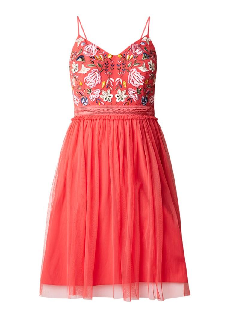 French Connection A-lijn jurk met bloemenborduring en tulle rood