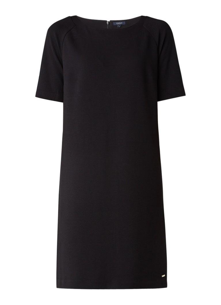 McGregor Amadine shift jurk met ingeweven structuur zwart