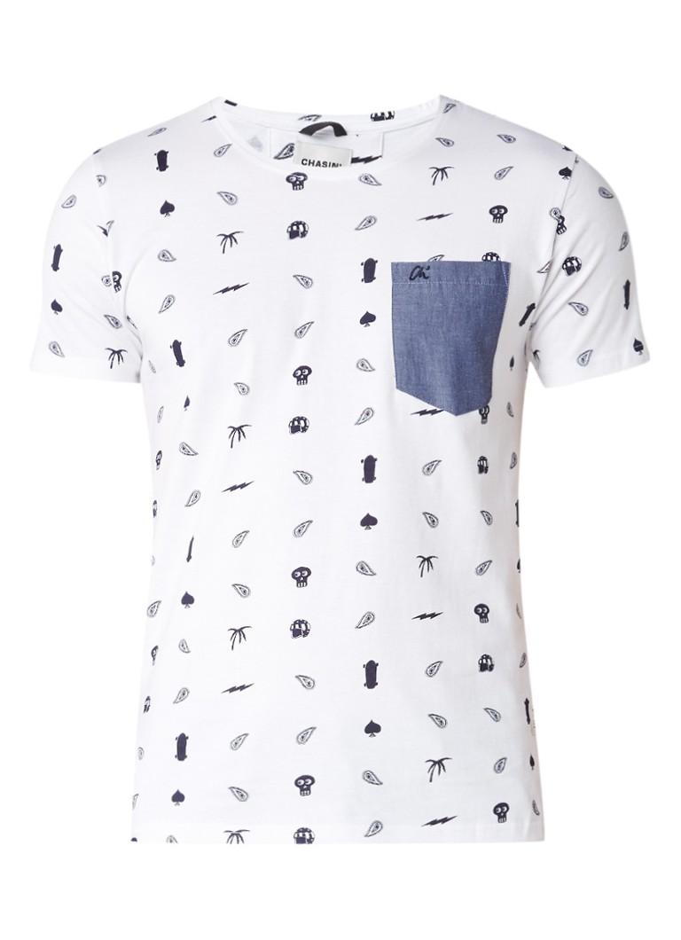 Chasin Prey T-shirt met borstzak en iconen