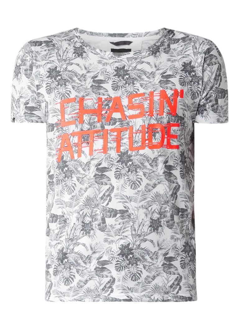Chasin Ocean T-shirt met faded bladdessin en tekstopdruk