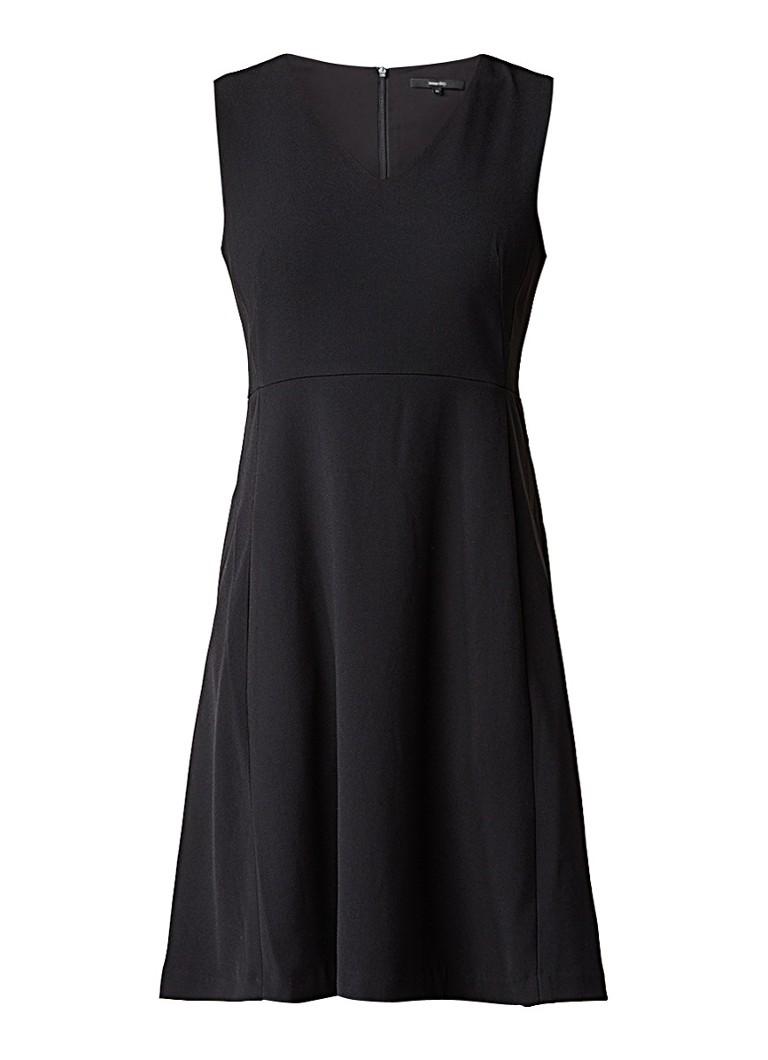 Someday Quade mouwloze A-lijn jurk met V-hals zwart