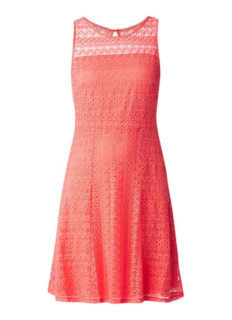 Comma Mouwloze A-lijn jurk van kant koraalrood