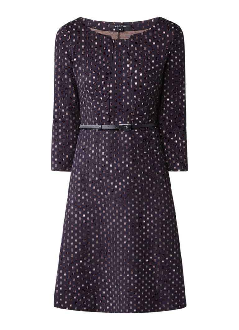 Comma A-lijn jurk met all over dessin en ceintuur donkerblauw
