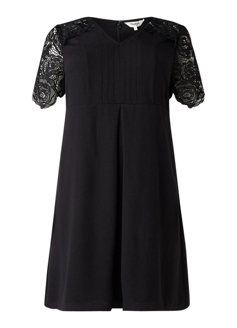 Studio 8 Amber A-lijn jurk met mouwen van kant zwart