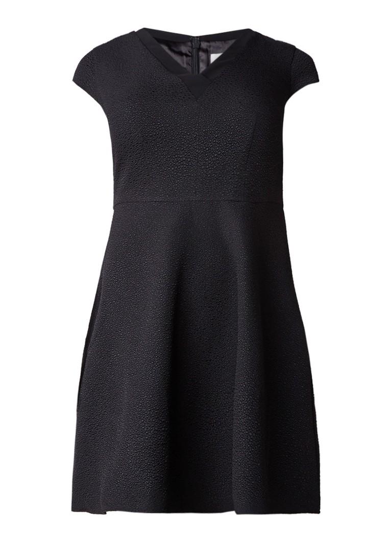 Studio 8 Cindy A-lijn jurk met kapmouw en structuur zwart