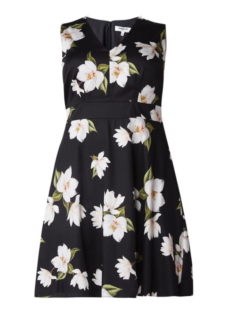 Studio 8 Yasmina A-lijn jurk met petticoat en bloemendessin zwart