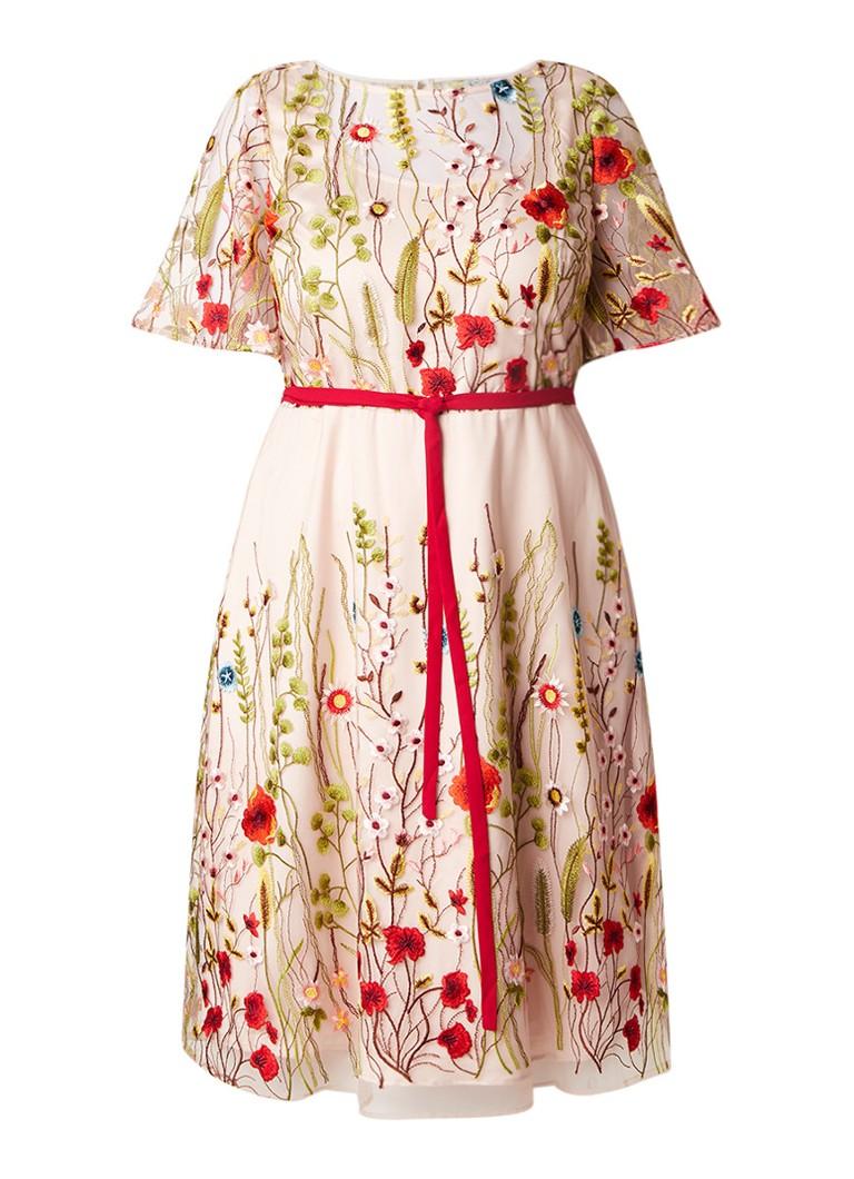 Studio 8 Richmond A-lijn jurk met mesh overlay en bloemenborduring lichtroze