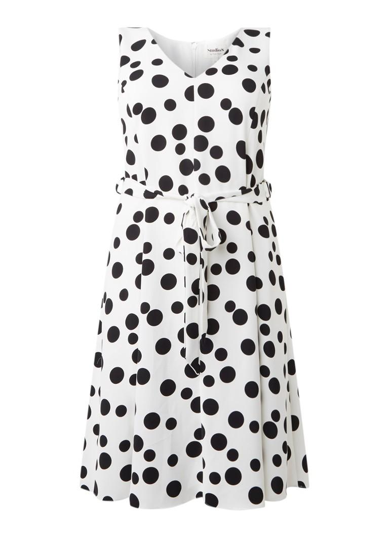 Studio 8 Caprice midi-jurk met stippendessin en strikceintuur gebroken wit