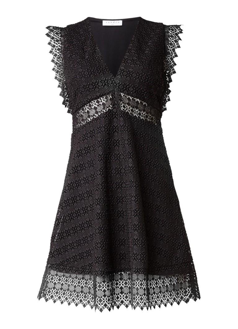 Sandro Mouwloze A-lijn jurk van kant met V-hals zwart