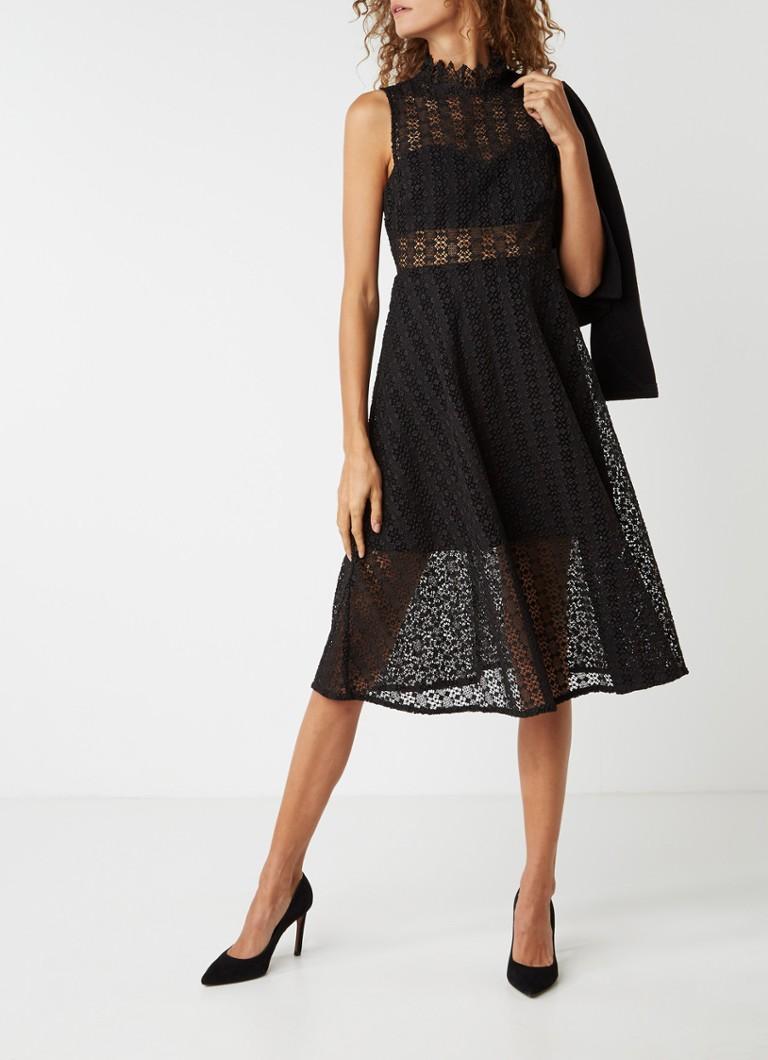 Sandro A-lijn jurk van kant zwart