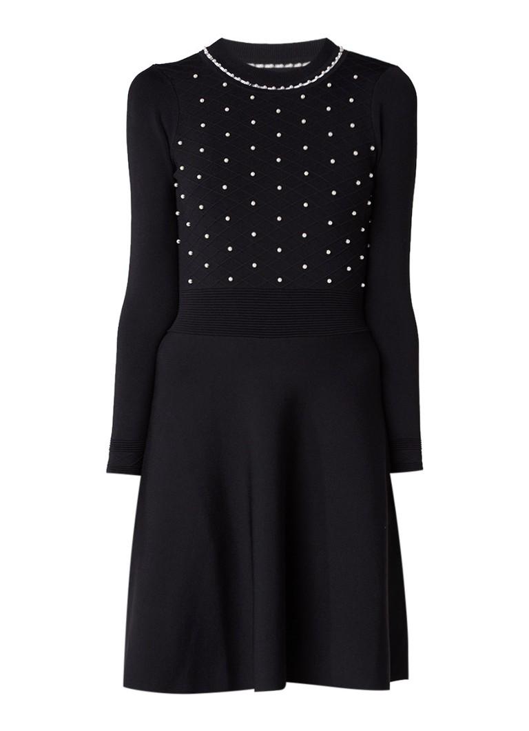 Sandro Fijngebreide A-lijn jurk met pareldecoratie zwart