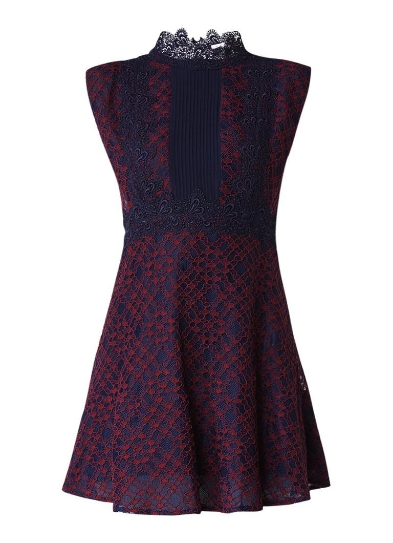 Sandro A-lijn jurk van kant met inzet bordeauxrood