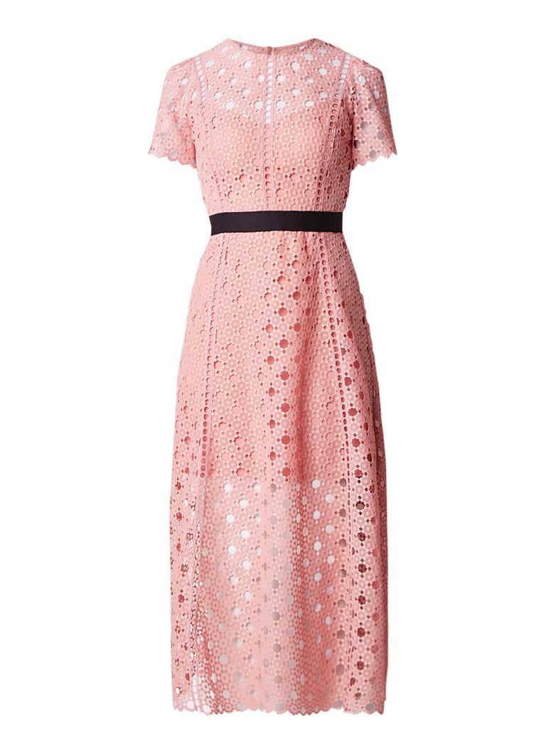 Sandro Maxi-jurk van opengewerkt kant roze