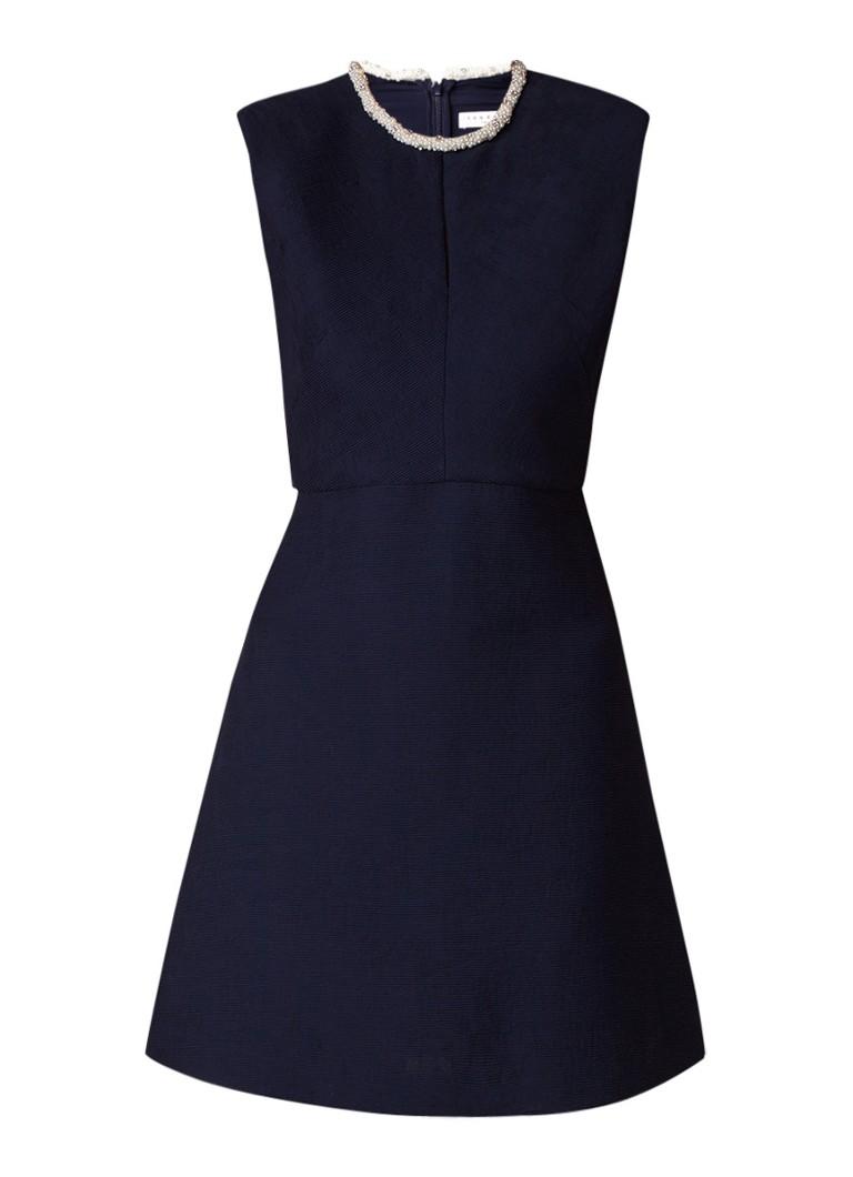 Sandro Mouwloze jurk met kralenapplicatie en cut-out donkerblauw