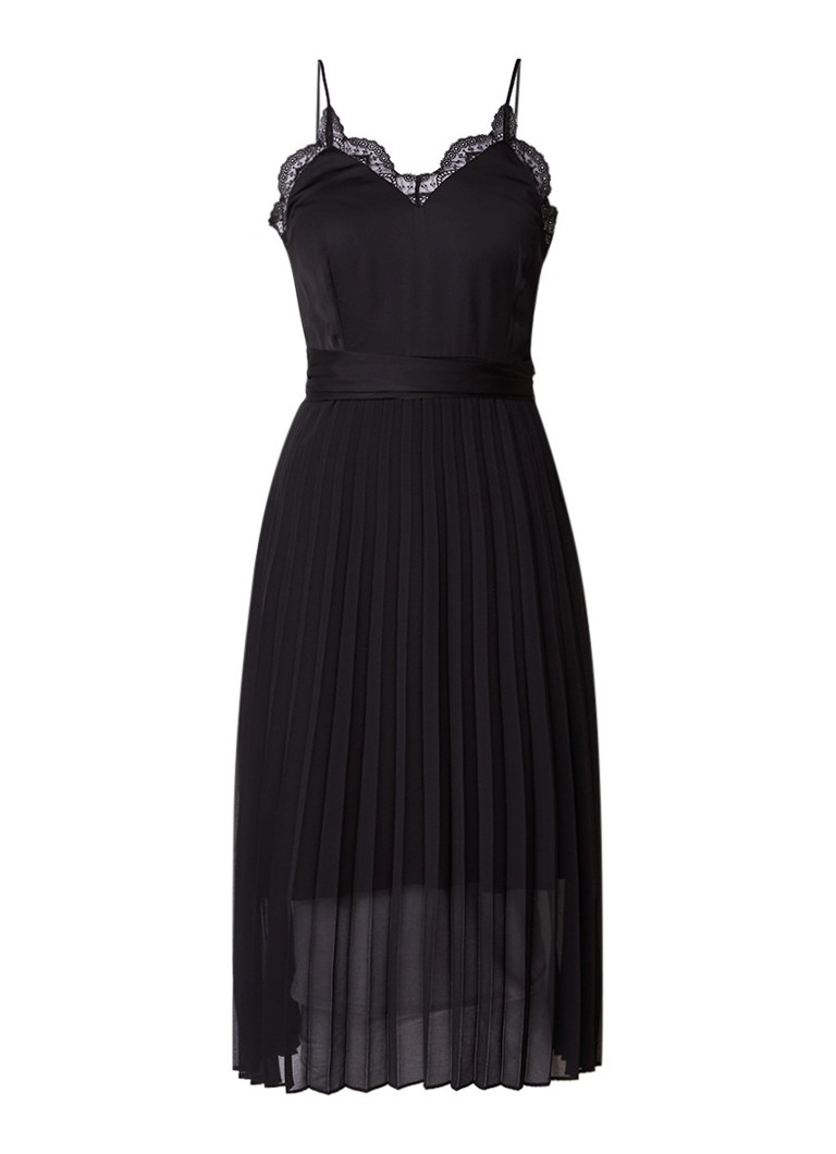 Sandro Geplisseerde jurk met strikceintuur en kantdetail zwart