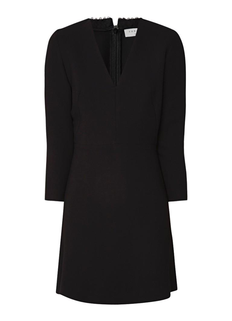 Sandro Artiste A-lijn jurk met choker van imitatieparels zwart