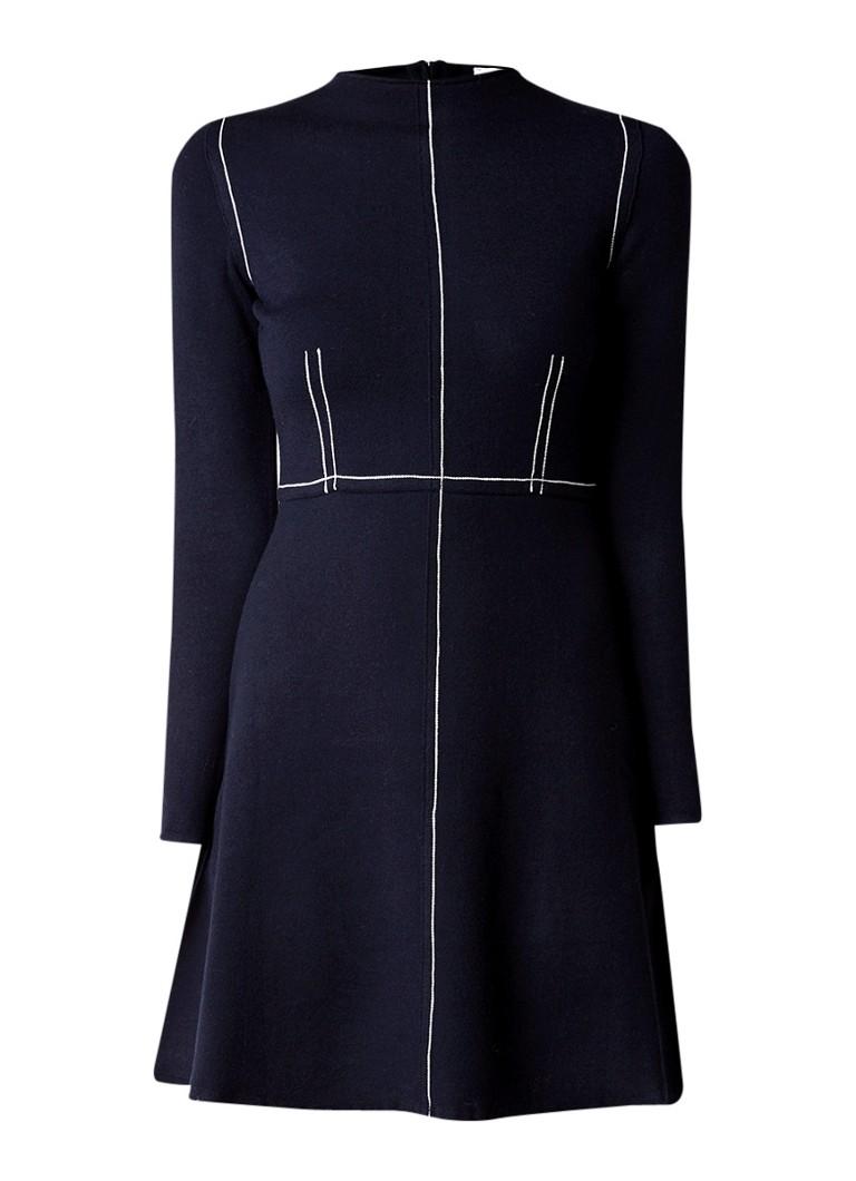 Sandro Fijngebreide A-lijn jurk met sierstiksels donkerblauw