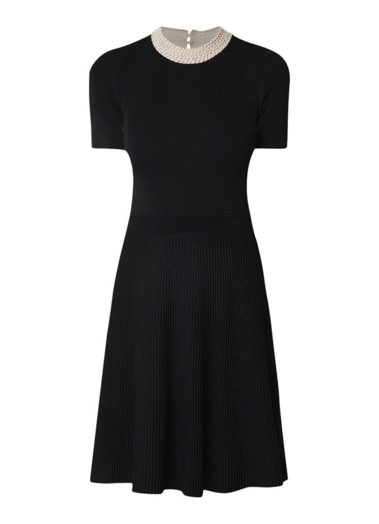 Sandro Fijngebreide A-lijn jurk met imitatieparels zwart