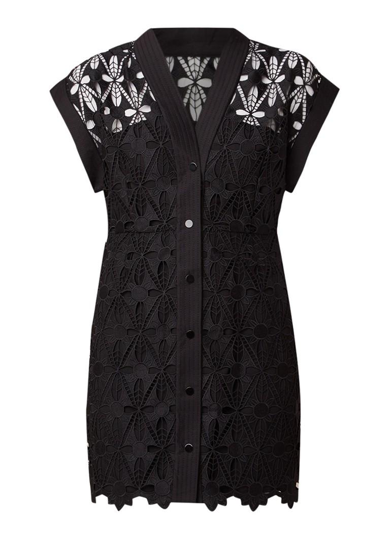 Sandro Mini-jurk van gebloemd kant met drukknoopsluiting zwart