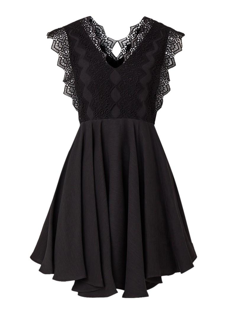 Sandro Mini-jurk met asymmetrische zoom en kant zwart