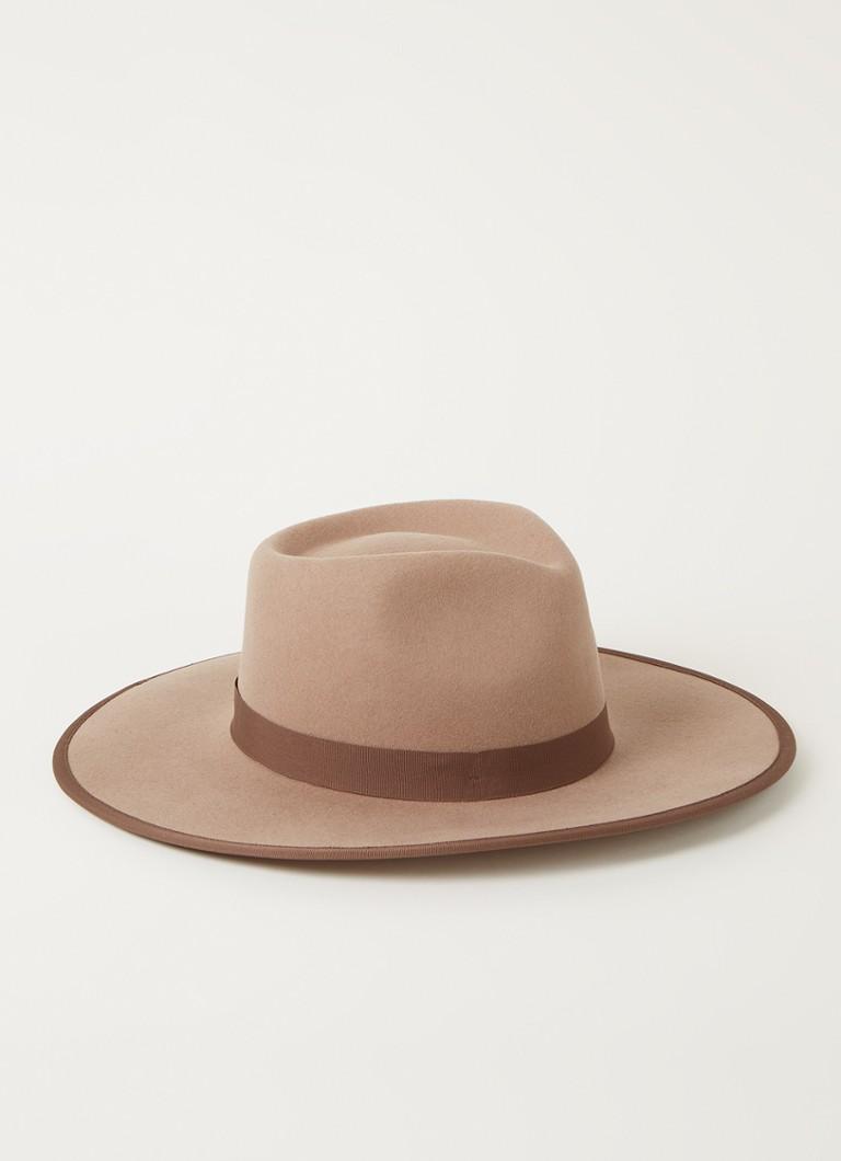 Brixton James hoed van wol