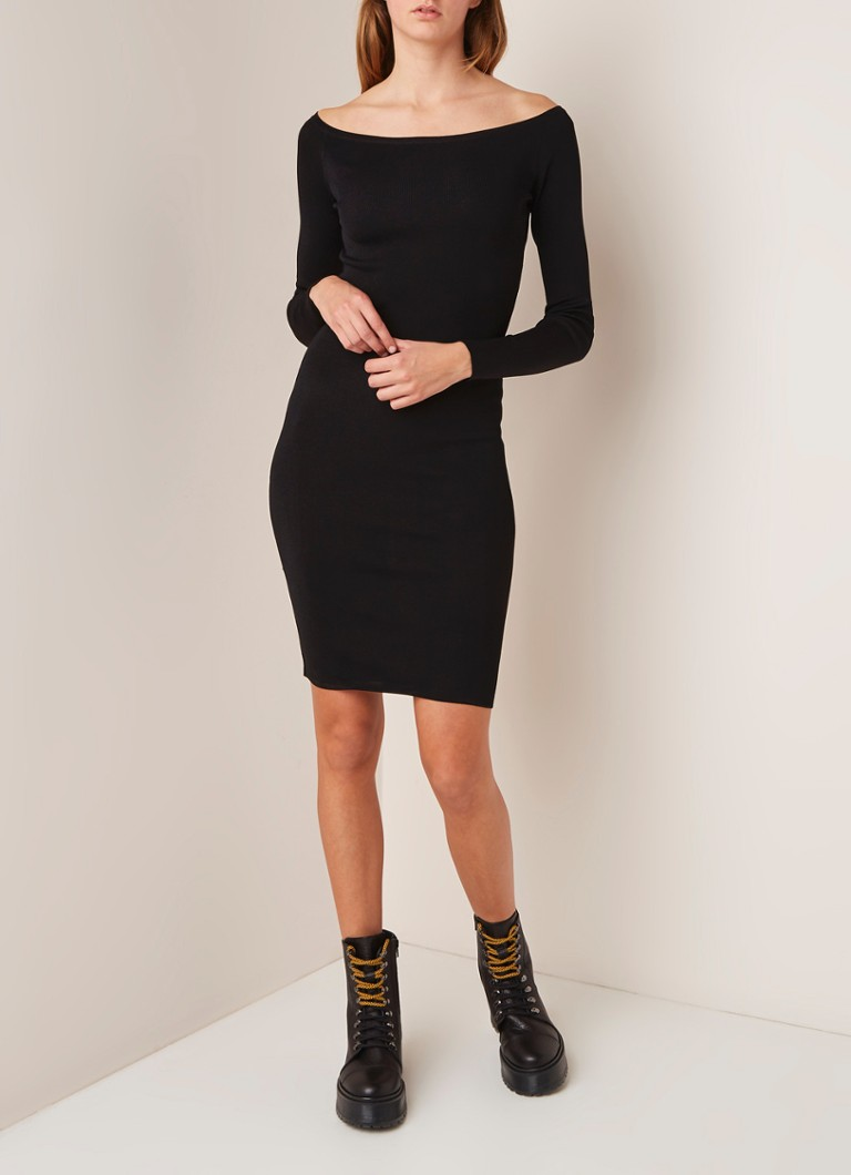 Nikkie Jolie off shoulder jurk met lange mouwen zwart